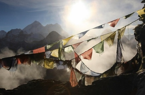 【画像】標高8850m!エベレストの幻想的な風景!!の画像(5枚目)
