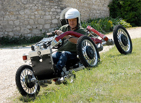 走破性抜群!完全に四輪が独立したカートのような四輪車が凄い!!の画像(5枚目)