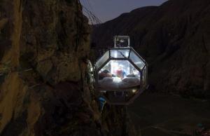 【画像】高さ120mの絶壁に設置された360度見えるホテルが凄いwwの画像(8枚目)