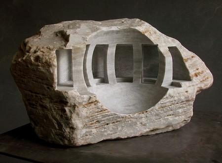 大理石を切り抜いて作った神殿のミニチュア12