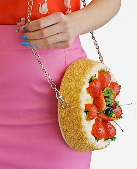 【画像】食べ物のハンドバックが可愛いとかひとまず置いといて凄いwwwwの画像(11枚目)