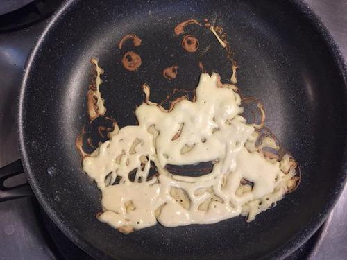もはや芸術!!パンケーキの焼き加減でアニメのキャラクターを再現!!の画像(3枚目)