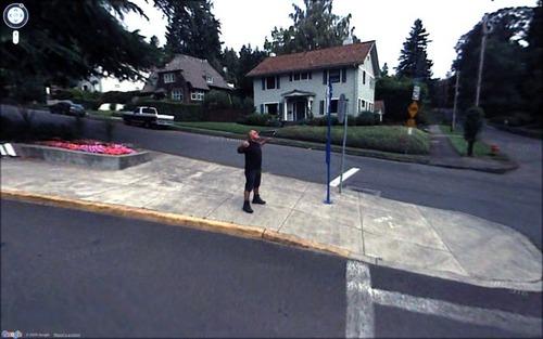 Googleストリートビューが捉えたカオスな面白い風景の写真の数々!!の画像(2枚目)