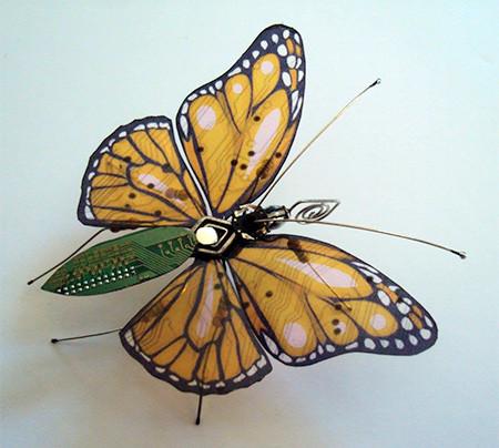 今にも動き出しそう!ちょっとリアルな電子部品でできた昆虫!!の画像(11枚目)
