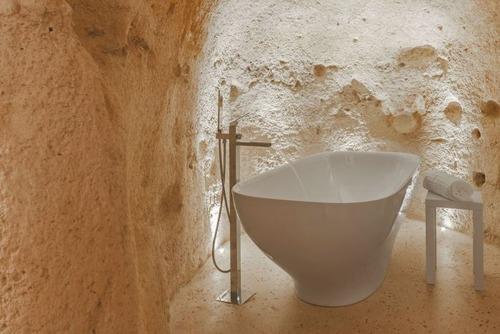 イタリアの洞窟がそのまま住宅街の画像(11枚目)