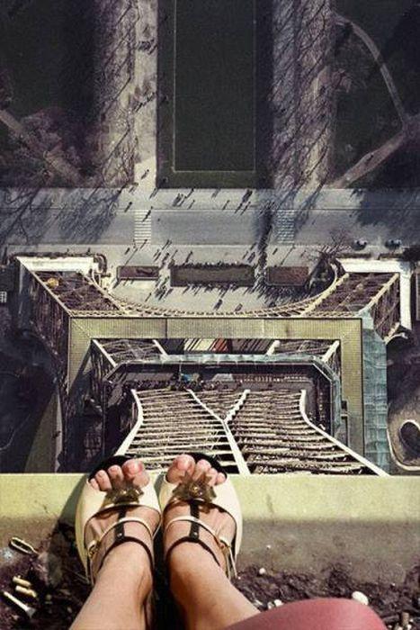 高くて怖い!!高所での怖すぎる記念写真の数々!!の画像(1枚目)