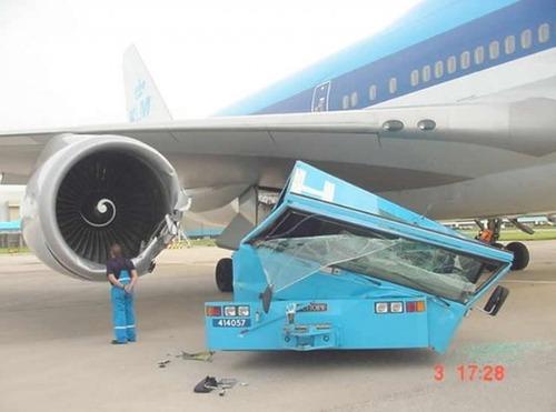 事故=大惨事!笑えるか笑えないか微妙な飛行機事故の画像の数々!!の画像(40枚目)