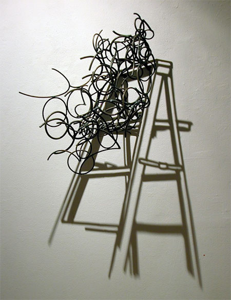 【画像】針金クネクネ!針金の影を使ったアートが凄い!!の画像(9枚目)