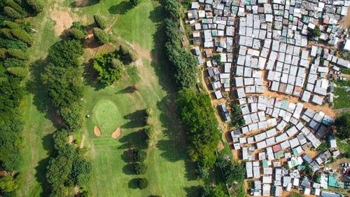 ケープタウンの富裕層と貧困層の画像(7枚目)