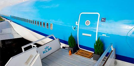 【画像】ジャンボジェットを自宅に改装しているwwwの画像(1枚目)