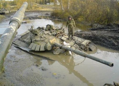 戦車が事故の画像(24枚目)