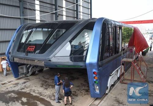 中国のバスがちょっと斬新の画像(5枚目)