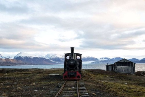 ほぼ世界の最北!極寒の村の風景の画像の数々!!の画像(3枚目)
