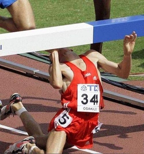【画像】スポーツの凄いことになってる決定的瞬間!!の画像(17枚目)
