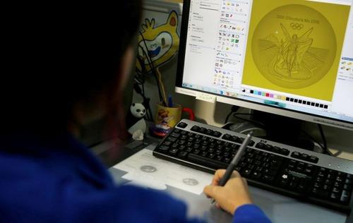 オリンピックのメダルの作り方の画像(2枚目)
