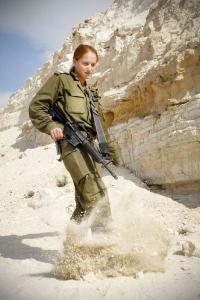 可愛いけどたくましい!イスラエルの女性兵士の画像の数々!!の画像(84枚目)