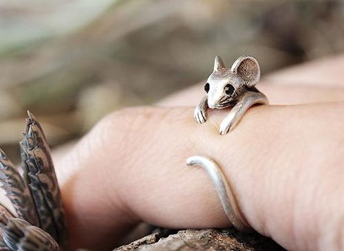 【画像】とりあえず欲しい!ちょっと面白い指輪の数々!!の画像(2枚目)