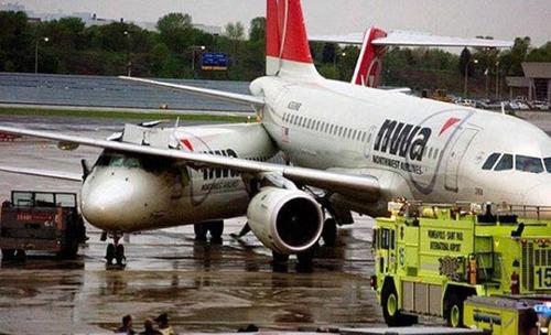 事故=大惨事!笑えるか笑えないか微妙な飛行機事故の画像の数々!!の画像(11枚目)