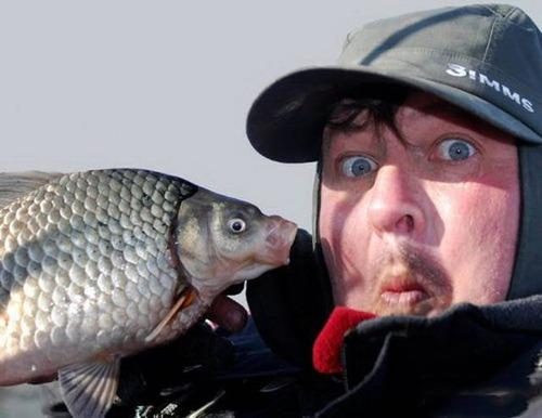 カオスなところで釣りをしている人達の画像(22枚目)