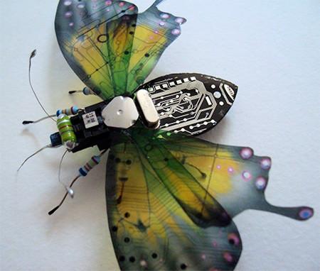 今にも動き出しそう!ちょっとリアルな電子部品でできた昆虫!!の画像(9枚目)