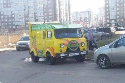 【画像】とりあえず目を引く!かっこ良かったり悪かったりする自動車のカスタム!!の画像(12枚目)