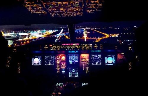 複雑過ぎ!飛行機のパイロットが見ている風景の画像の数々!!の画像(15枚目)