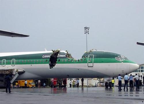 事故=大惨事!笑えるか笑えないか微妙な飛行機事故の画像の数々!!の画像(12枚目)