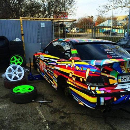 【画像】とりあえず目を引く!かっこ良かったり悪かったりする自動車のカスタム!!の画像(11枚目)