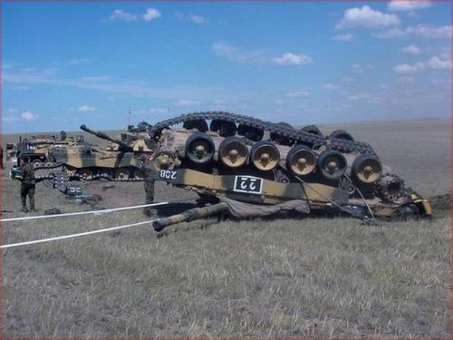 戦車が事故の画像(22枚目)