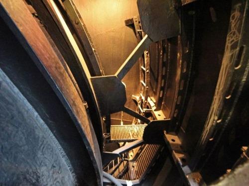 原子力潜水艦の内部の画像(36枚目)