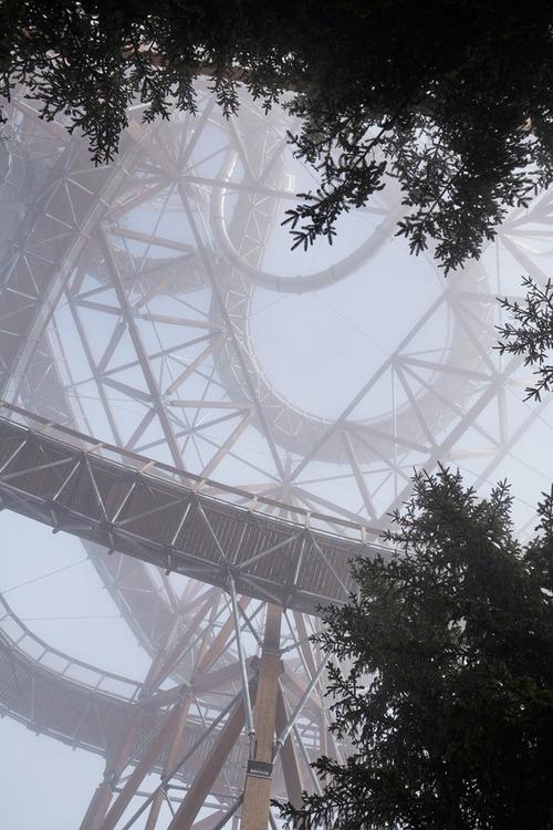 【画像】チェコ共和国にある超巨大で超怖過ぎる滑り台!!の画像(4枚目)