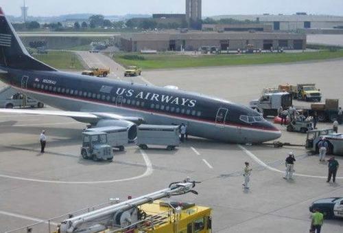 事故=大惨事!笑えるか笑えないか微妙な飛行機事故の画像の数々!!の画像(28枚目)