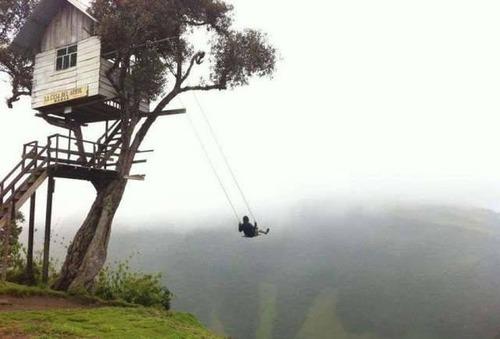高くて怖い!!高所での怖すぎる記念写真の数々!!の画像(10枚目)