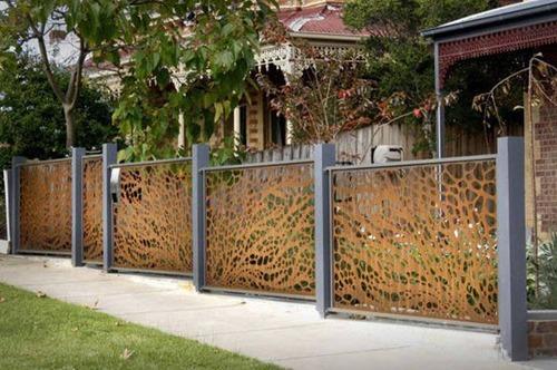 面白いちょっと魅力的な塀や柵をしている家の画像の数々!!の画像(9枚目)