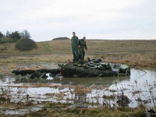 戦車が事故の画像(21枚目)