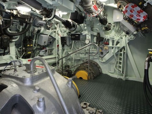 原子力潜水艦の内部の画像(3枚目)