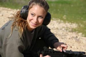 可愛いけどたくましい!イスラエルの女性兵士の画像の数々!!の画像(93枚目)