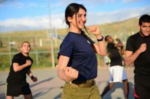 可愛いけどたくましい!イスラエルの女性兵士の画像の数々!!の画像(23枚目)