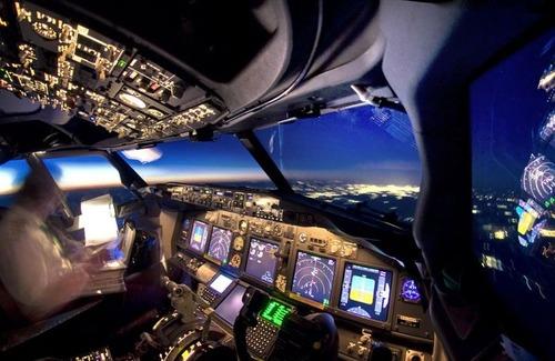 飛行機を運転の画像(11枚目)