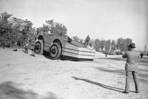 【画像】ずっと昔に作られた南極探索用の自動車がなんだか凄い!の画像(9枚目)
