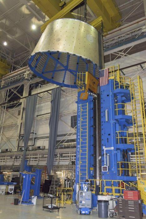 スペースシャトルの燃料タンクの画像(14枚目)