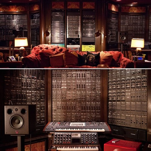作曲家「ハンス・ジマー」のスタジオの画像(12枚目)