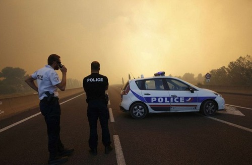 フランスのマルセイユの山火事の画像(12枚目)