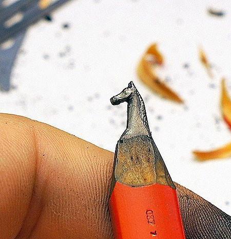 新作!?鉛筆の芯で作る彫刻が凄いwwwの画像(12枚目)