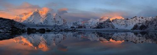 【画像】標高8850m!エベレストの幻想的な風景!!の画像(10枚目)