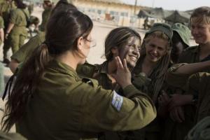 可愛いけどたくましい!イスラエルの女性兵士の画像の数々!!の画像(49枚目)