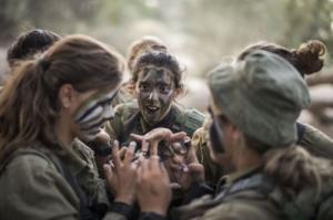 可愛いけどたくましい!イスラエルの女性兵士の画像の数々!!の画像(6枚目)