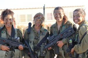 可愛いけどたくましい!イスラエルの女性兵士の画像の数々!!の画像(32枚目)