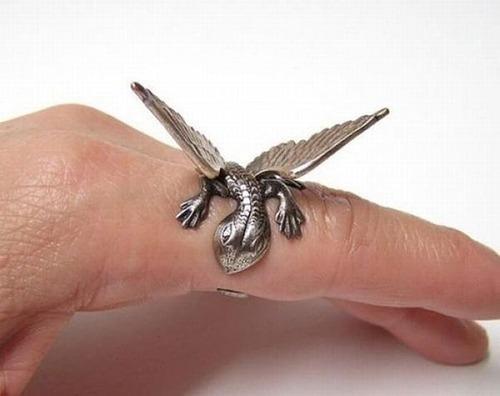 【画像】とりあえず欲しい!ちょっと面白い指輪の数々!!の画像(15枚目)