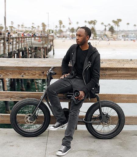 【画像】気分はアウトロー!バイクのように乗れる電動自転車!!の画像(12枚目)